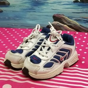 Infant Baby Nike shoes size 6